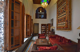 Dar-Roumana-Library-main-photom