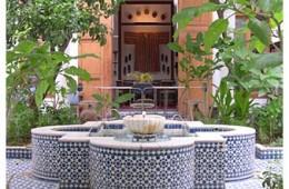 Riad Lune et Soleil fountain